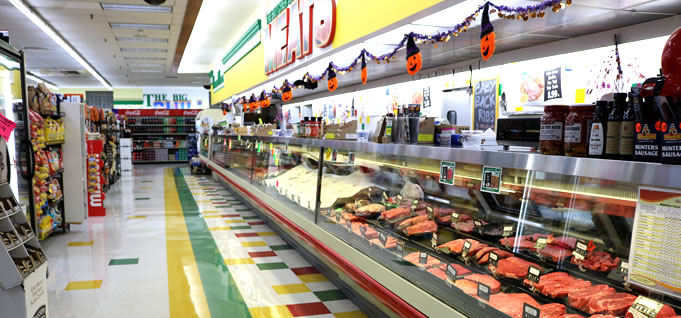 Hollywood Markets Royal Oak Grocery Store - Meat Counter